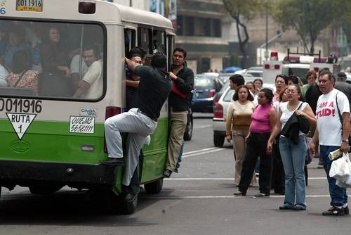 hombres-camion